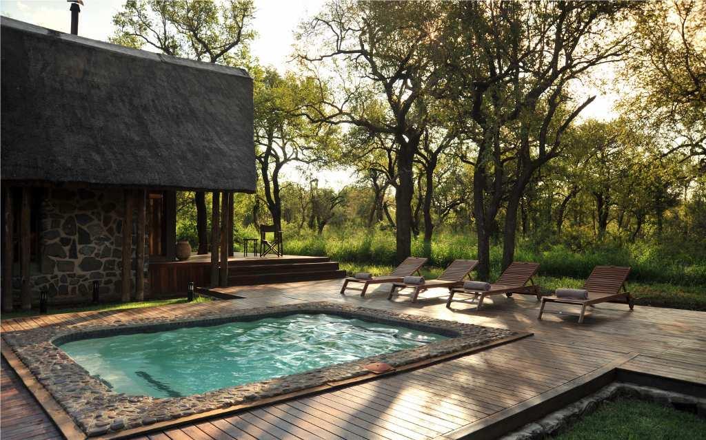 Black Rhino Game Lodge - Pilanesberg National Park